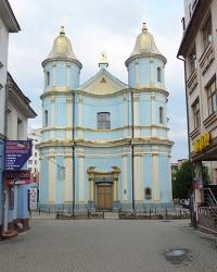 Кафедральний Свято-Покровський собор (1743 р.) в Івано-Франківську