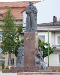 Пам'ятник Т.Г.Шевченко в м. Надвірна