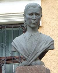 Пам'ятник Катерині Мандрик-Куйбіді в м. Болехів
