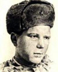 Памятник ефрейтору И.Ф. Абдулову в г. Люботин