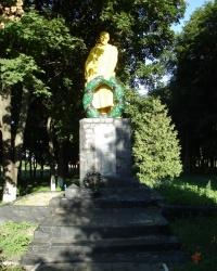 Братская могила Советских воинов в пгт. Белый Колодязь