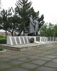 Братская могила Советских воинов в селе Алексеевка