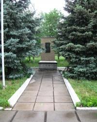 Памятник Чернобыльской трагедии в пгт.Юрьевка