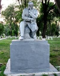 Памятник Т.Г. Шевченко в Перещепино