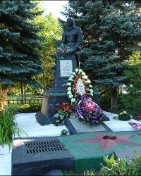 Братская могила советских воинов и партизан в с. Козиевка