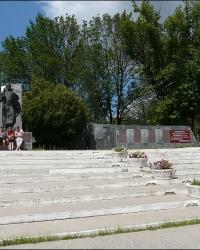 Братская могила  в пгт. Новая Водолага