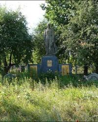 Братская могила советских воинов в с. Малая Поповка