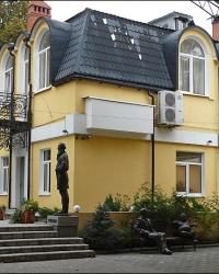 Сад скульптур возле ресторана «Эрмитаж» в г. Харьков