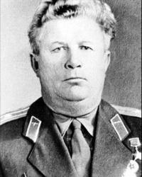 Мемориальная доска Герою Советского Союза Шавурину П.И.