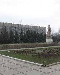 Памятник В.И.Ленину на центральной площади Горловки