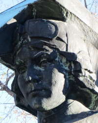 Памятник Лилии Литвяк в Красном Луче