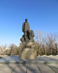 Памятник Л.И. Лутугину в Лутугино
