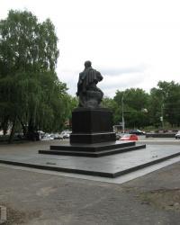 """Первый """"посаженный"""" памятник  Киева"""