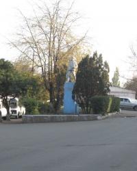 Памятник Я.М.Свердлову в Енакиево
