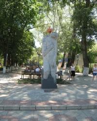 Памятник жертвам Чернобыльской трагедии в Харцызске