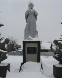 Братская могила возле школы № 17 в Торезе