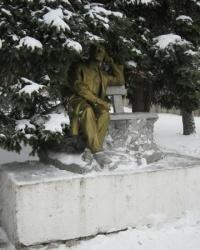 Памятник П.И.Чайковскому в Шахтерске