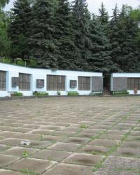 Воинский мемориал в селе Долина