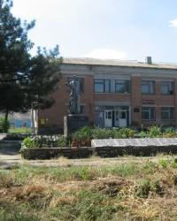 Воинский мемориал в селе Коминтерново