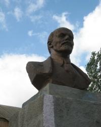 Памятник Ленину в Александровке