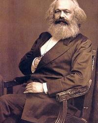 Бюсты Маркса и Ленина в Старобешево