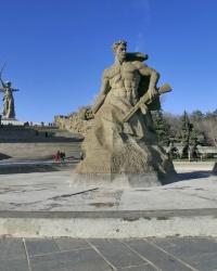 Площадь «Стоять насмерть!» мемориального комплекса «Героям Сталинградской битвы» на Мамаевом кургане в г.Волгограде
