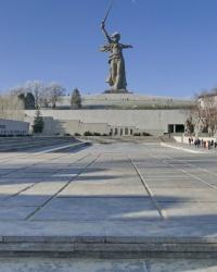 Площадь Героев мемориального комплекса «Героям Сталинградской битвы» на Мамаевом кургане в г.Волгограде