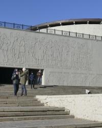 Подпорная стена с горельефом мемориального комплекса «Героям Сталинградской битвы» на Мамаевом кургане в г.Волгограде