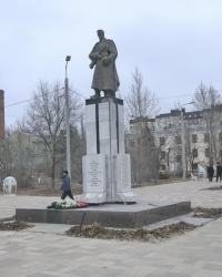 Братская могила воинов 62-ой и 64-ой армий в парке Гагарина в г.Волгограде