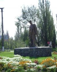 Памятник горняку в г.Комсомольск