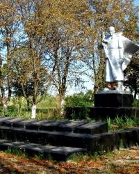 Воинский мемориал в с. Никольское (Солонянский р-н)