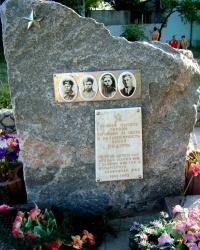 Памятник односельчанам, погибшим в годы ВОВ в пос. Старая Игрень