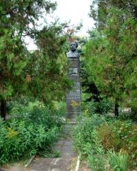Памятник Н.К.Крупской в г.Днепропетровск