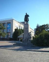 Пам'ятник Т.Г.Шевченко в м.Черкаси.