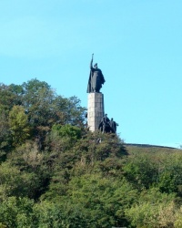 Пам'ятник Б.Хмельницькому на Замковій горі в Чигирині