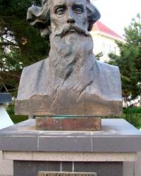 Памятник В.Далю в г.Евпатория