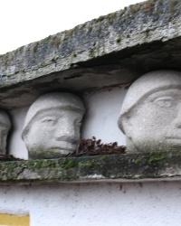 Памятник воинам ВОв в Четфалва