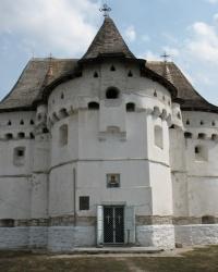 Покровская церковь-замок в Сутковцах