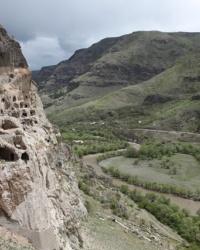 Вардзиа. Пещерный город