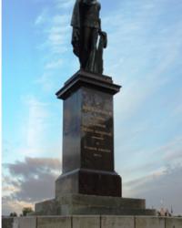 Памятник королю Густаву III в г.Стокгольме (Швеция)