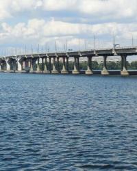 Центральный мост через реку Днепр