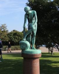 Скульптурная композиция «После ванны» в Копенгагене