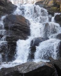 Водопад Шипот в окрестностях с. Пилипец