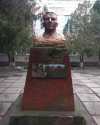 Памятник В. П. Чкалову в с.Благодатное (Ивановский район)
