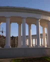 Архитектурный ансамбль приморской лестницы в г.Черноморск (Ильичёвск)