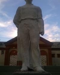 Памятник Т. Г. Шевченко в п.г.т.Михайловка