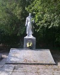 Мемориал в с.Тарсалак (Жовтневое)
