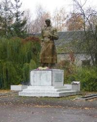 с.Бакланова Муравейка. Братская могила и памятный знак погибшим односельчанам