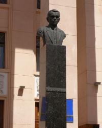Бюст А.А.Богомольцу в Киеве