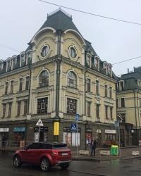 м. Київ. Будинок № 12 по вул. Межигірській.
